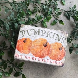 Pumpkin Decor Sign